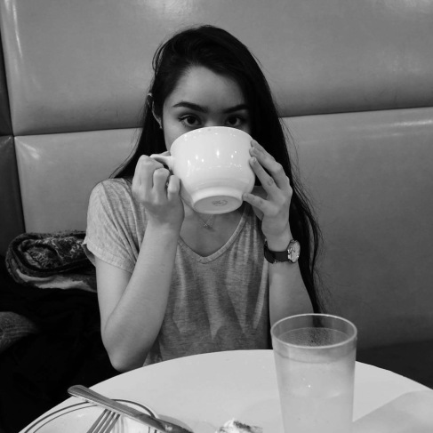 Sad the latte is almost done... PC: @fortheirsisariddlenomanswisdom